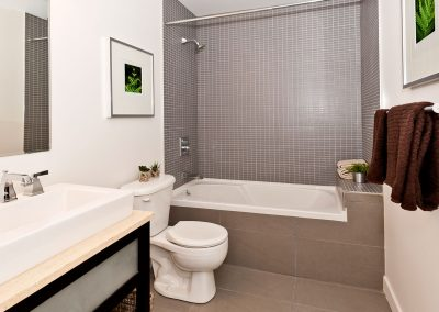 fp-modern-bathroom-001