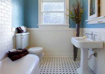 fp-traditional-bathroom-003